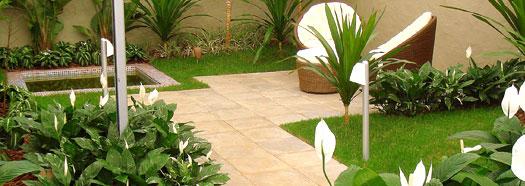 Casi di studio lavorazione giardini la quercia brescia for Realizzazione giardini privati